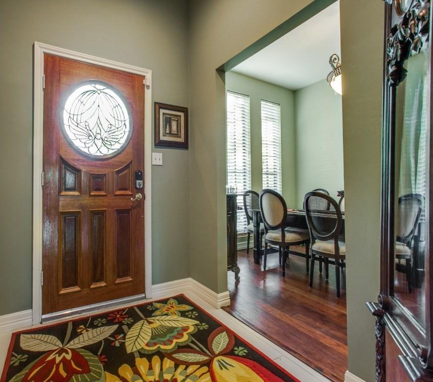Sold Property | 2100 Stonehill Court Arlington, Texas 76012 1