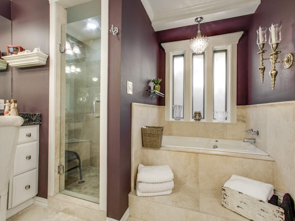 Sold Property | 2100 Stonehill Court Arlington, Texas 76012 14