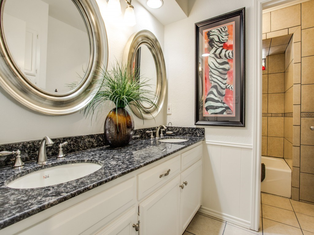 Sold Property | 2100 Stonehill Court Arlington, Texas 76012 17