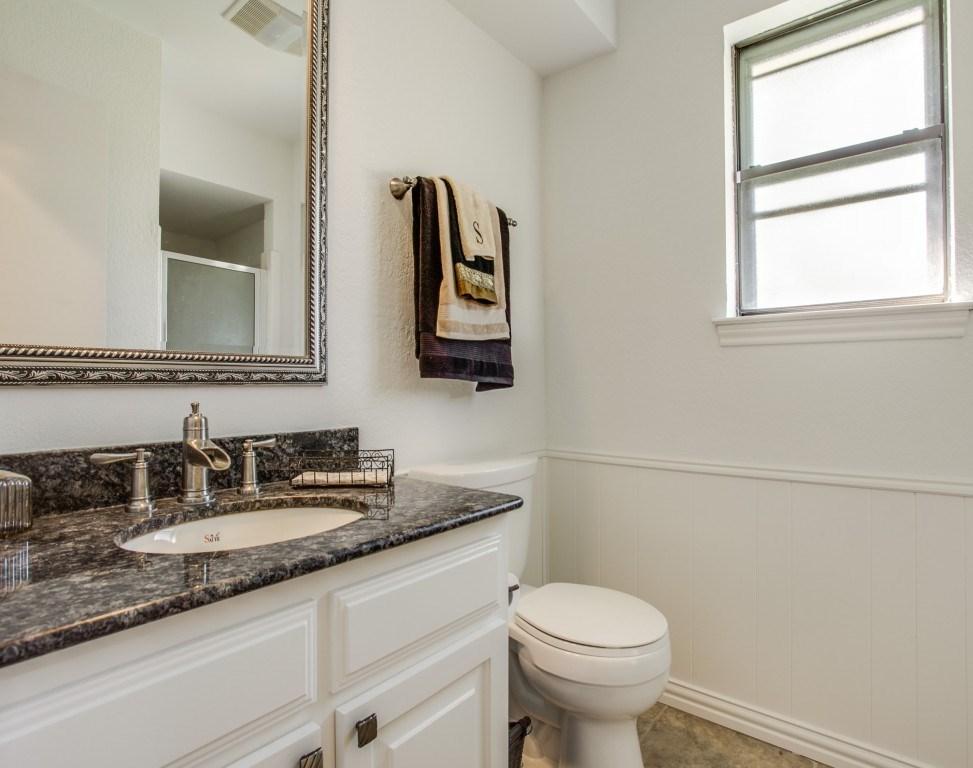 Sold Property | 2100 Stonehill Court Arlington, Texas 76012 19