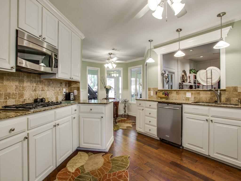 Sold Property | 2100 Stonehill Court Arlington, Texas 76012 5