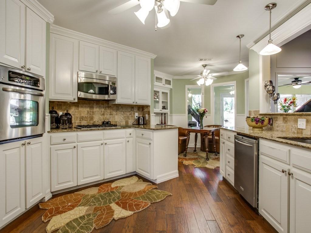 Sold Property | 2100 Stonehill Court Arlington, Texas 76012 6