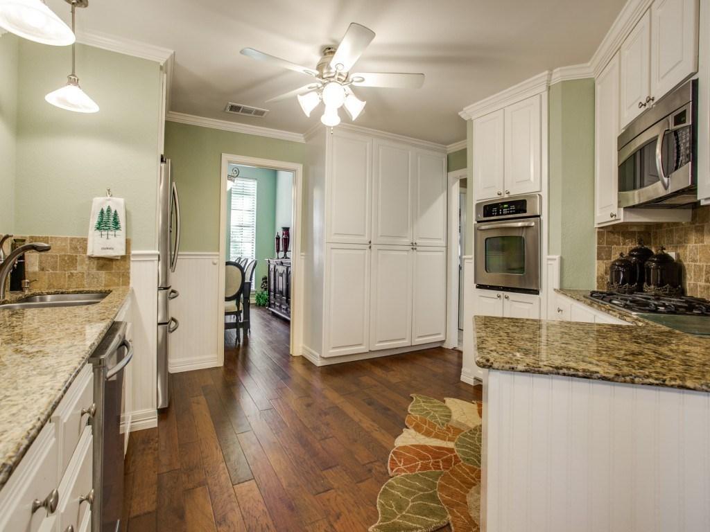 Sold Property | 2100 Stonehill Court Arlington, Texas 76012 7
