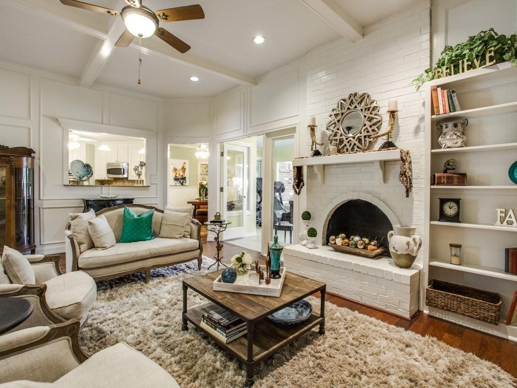 Sold Property | 2100 Stonehill Court Arlington, Texas 76012 9