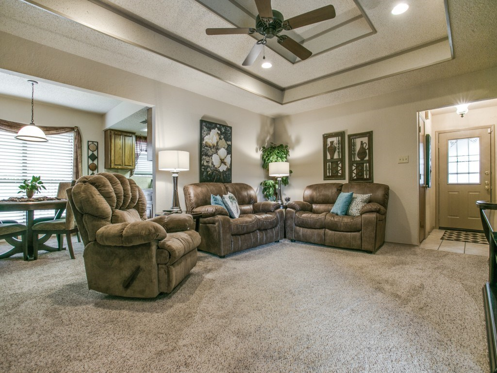 Sold Property   6304 Aires Drive Arlington, Texas 76001 2