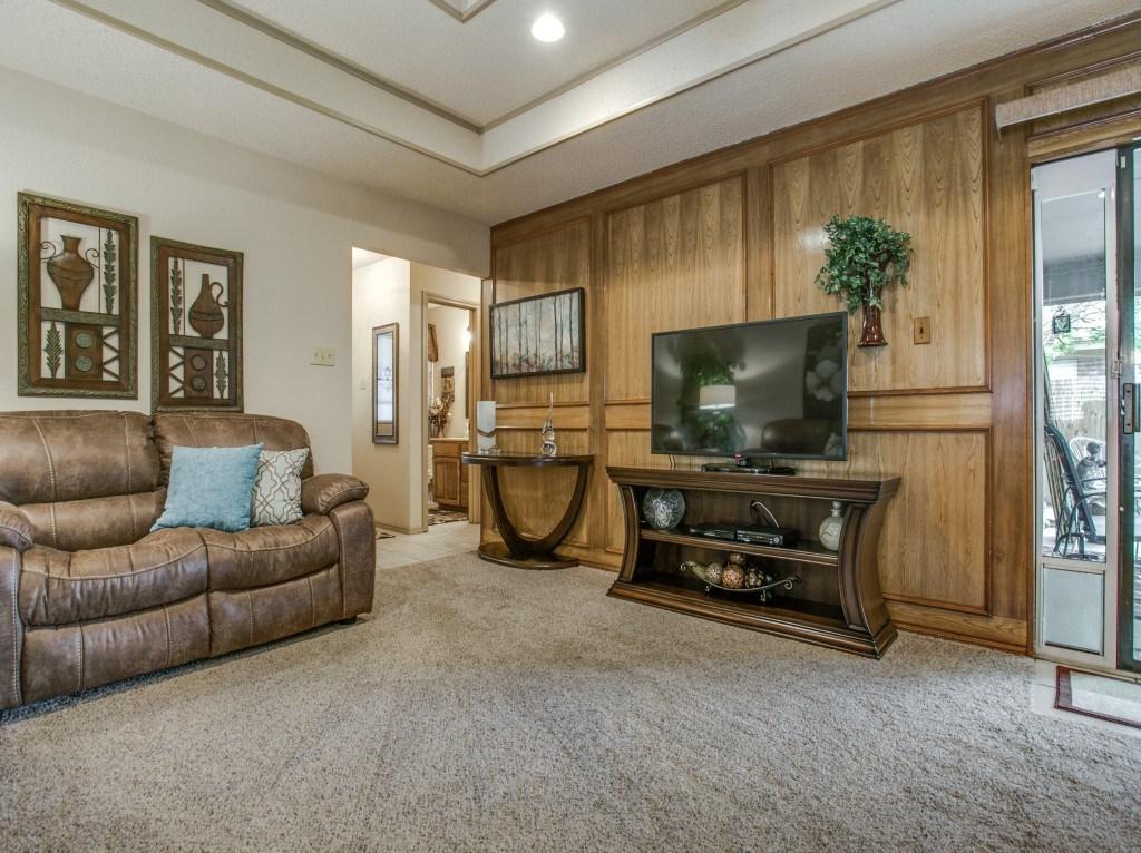 Sold Property   6304 Aires Drive Arlington, Texas 76001 3