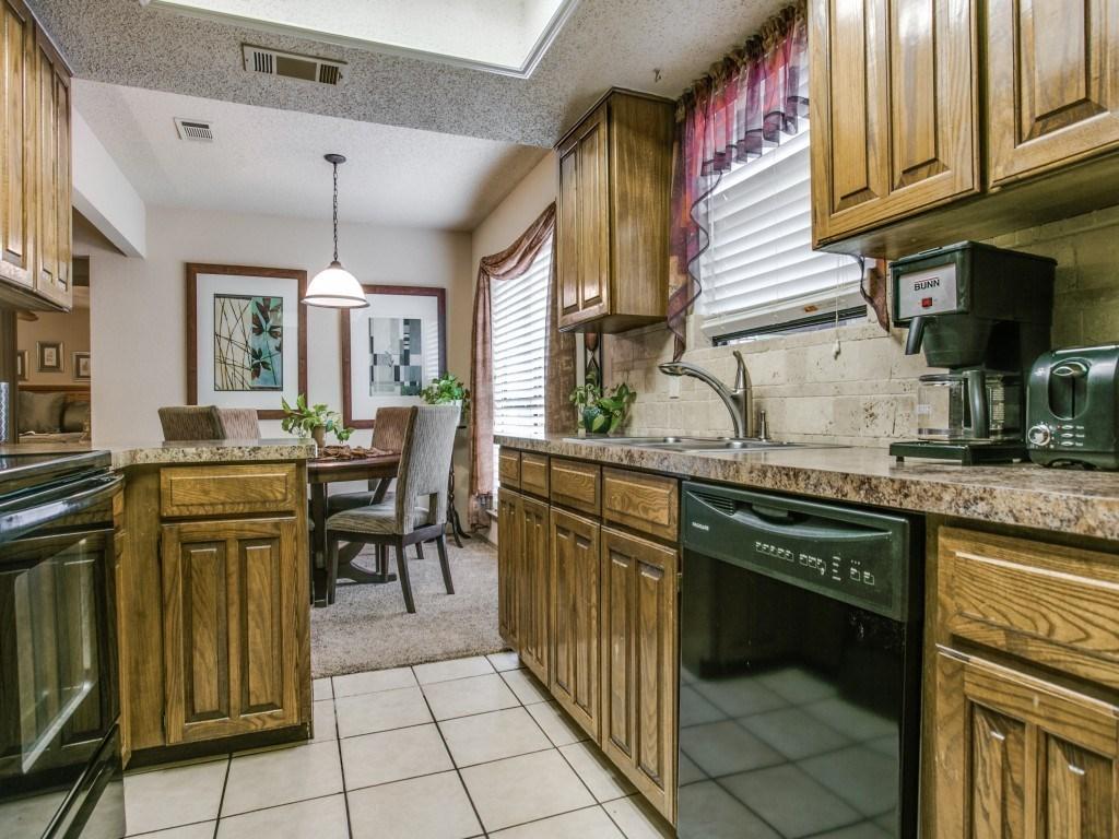 Sold Property   6304 Aires Drive Arlington, Texas 76001 6