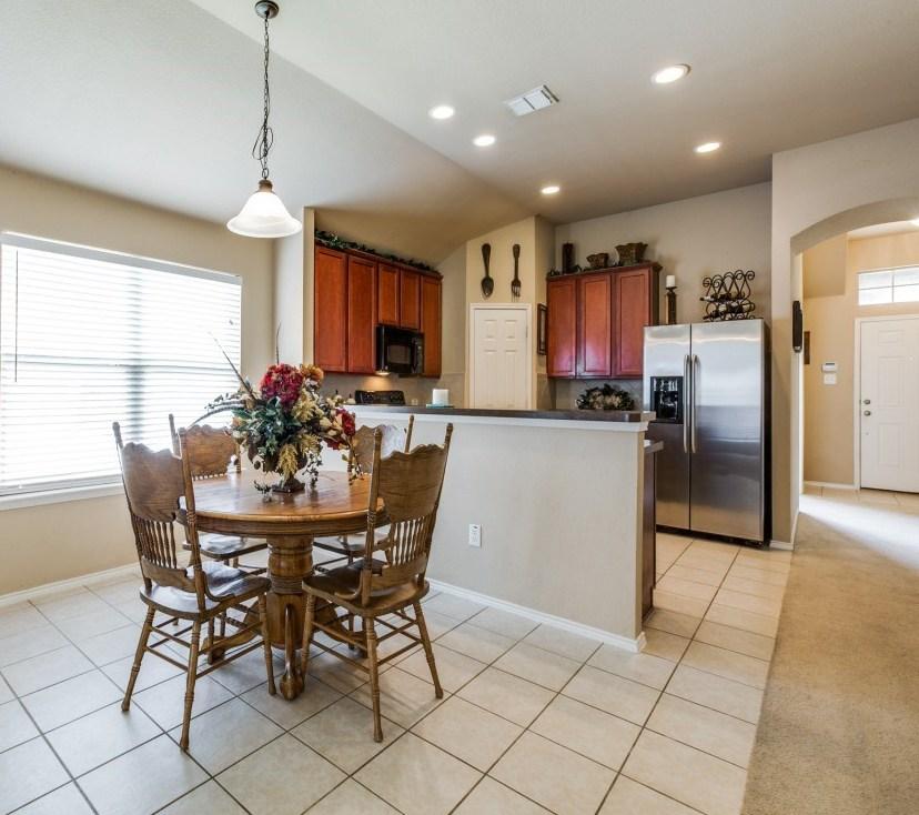 Sold Property | 504 Moonrise Drive Arlington, Texas 76002 13