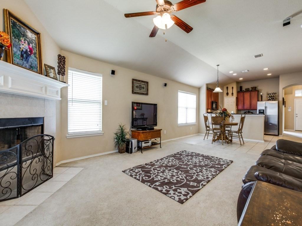 Sold Property | 504 Moonrise Drive Arlington, Texas 76002 9