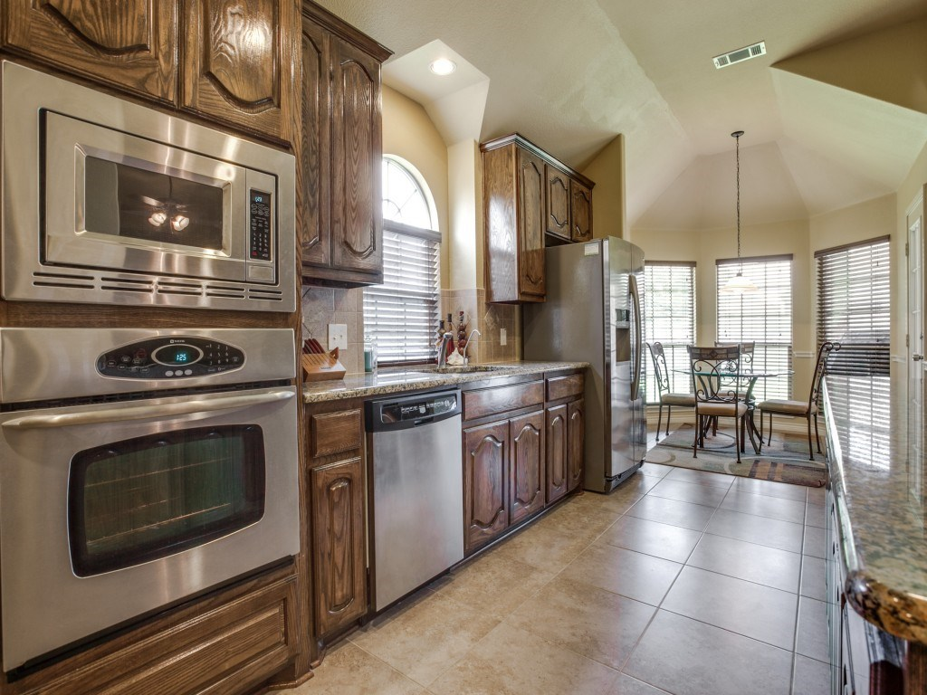 Sold Property | 453 Running Water Trail Fort Worth, Texas 76131 8