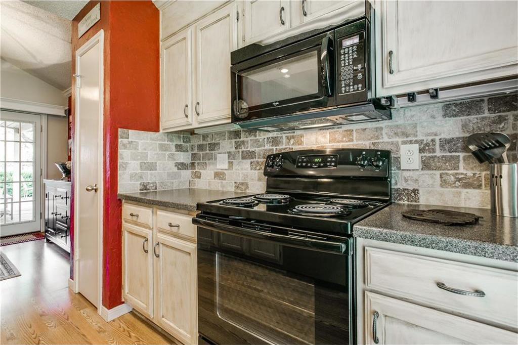Sold Property | 502 British Court Arlington, Texas 76002 10