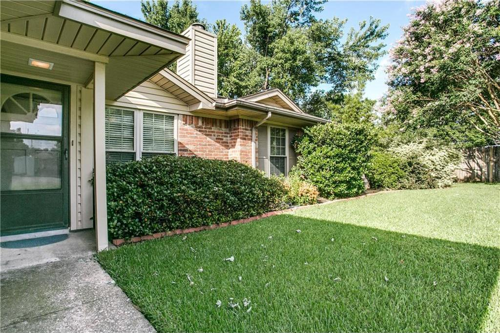 Sold Property | 502 British Court Arlington, Texas 76002 2
