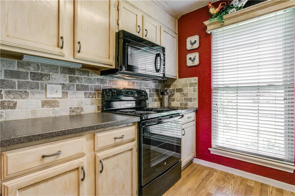 Sold Property | 502 British Court Arlington, Texas 76002 7
