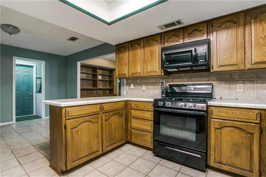 Sold Property | 3514 Hialeah Drive Arlington, Texas 76017 10