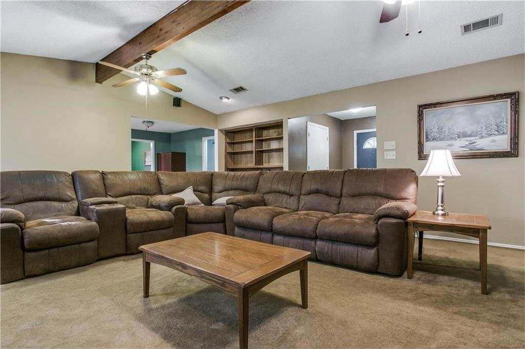 Sold Property | 3514 Hialeah Drive Arlington, Texas 76017 2