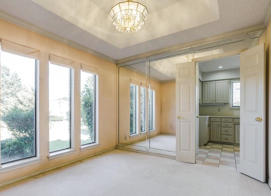 Sold Property | 2702 Ridge Top Lane Arlington, Texas 76006 3