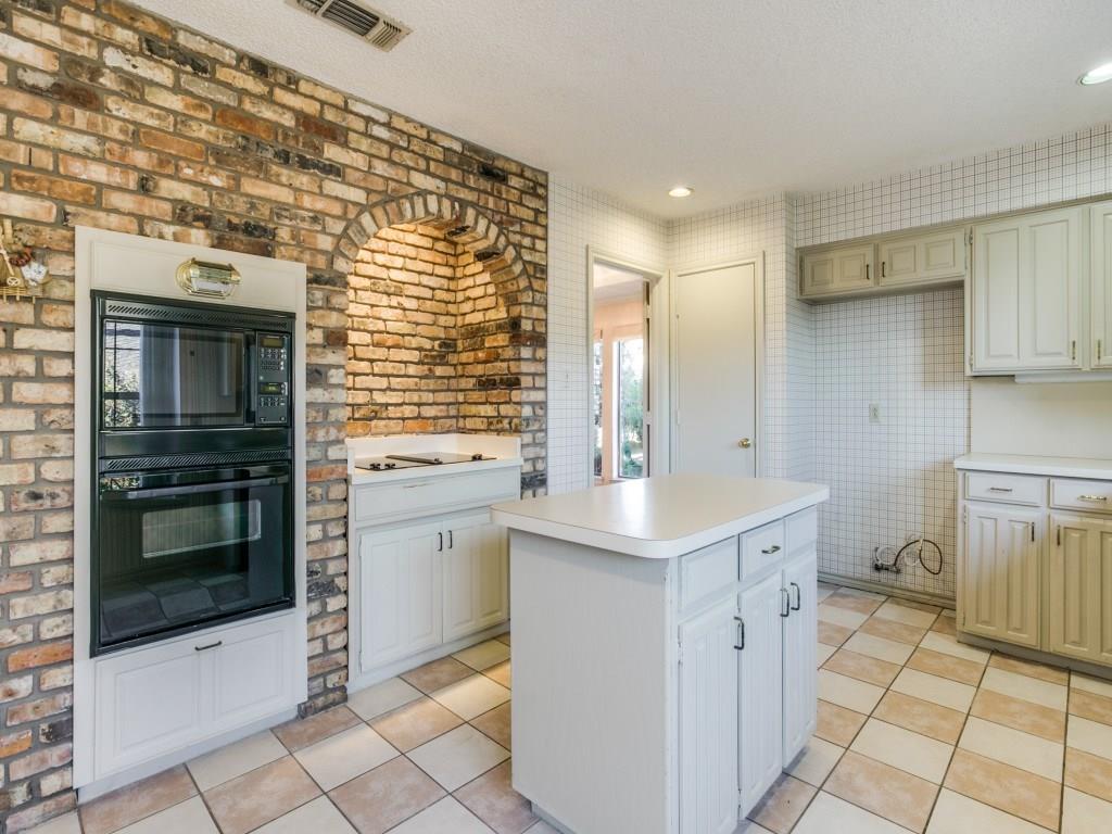 Sold Property | 2702 Ridge Top Lane Arlington, Texas 76006 9