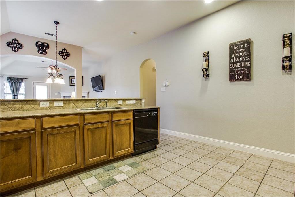 Sold Property | 2573 Marina Drive Grand Prairie, Texas 75054 7