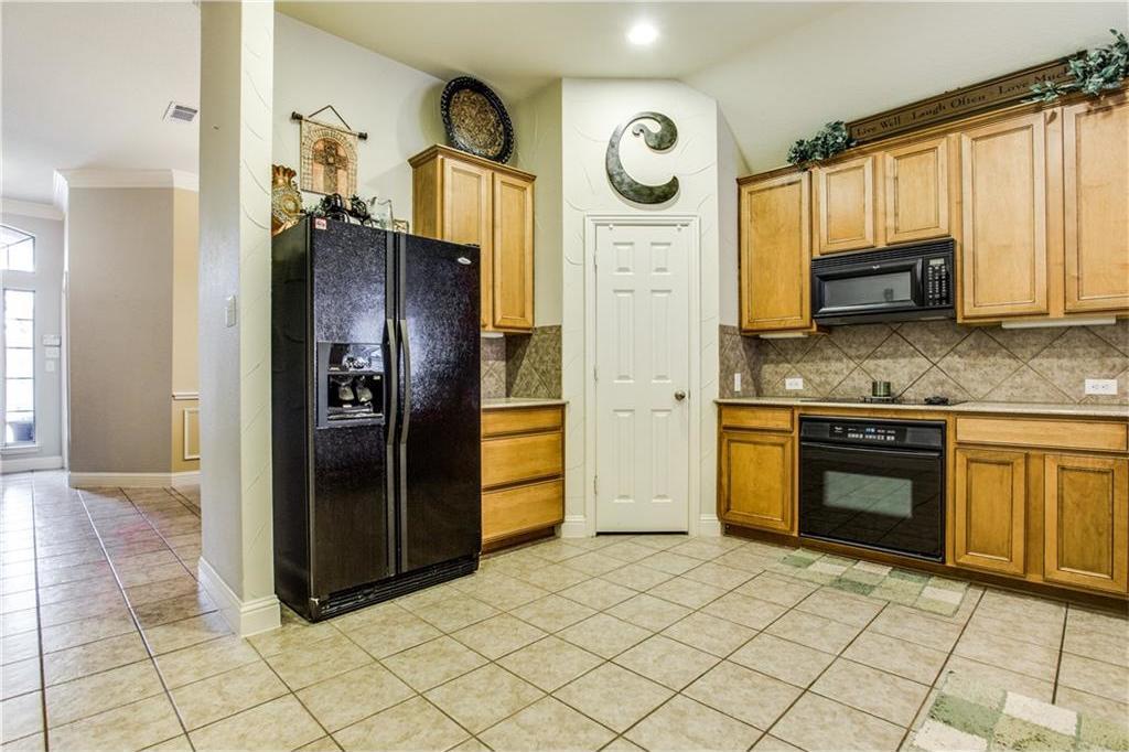 Sold Property | 2573 Marina Drive Grand Prairie, Texas 75054 8