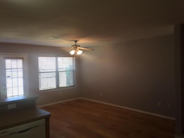 Sold Property | 2309 Kingsway Drive Arlington, Texas 76012 4
