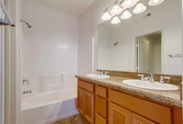 Closed | 5055 Coral Sand Ter  San Diego, CA 92117 11
