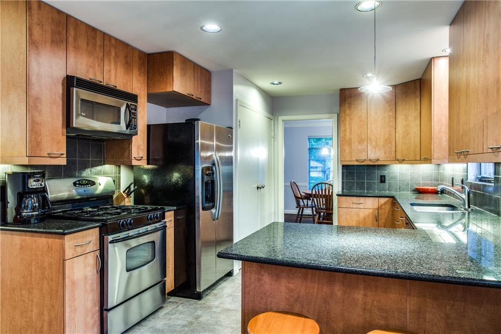 Sold Property | 6528 Ridgemont Drive Dallas, Texas 75214 12