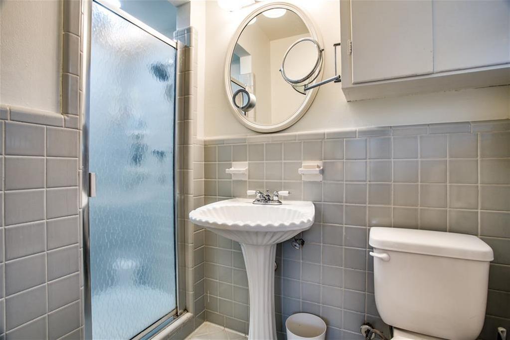 Sold Property | 6528 Ridgemont Drive Dallas, Texas 75214 20