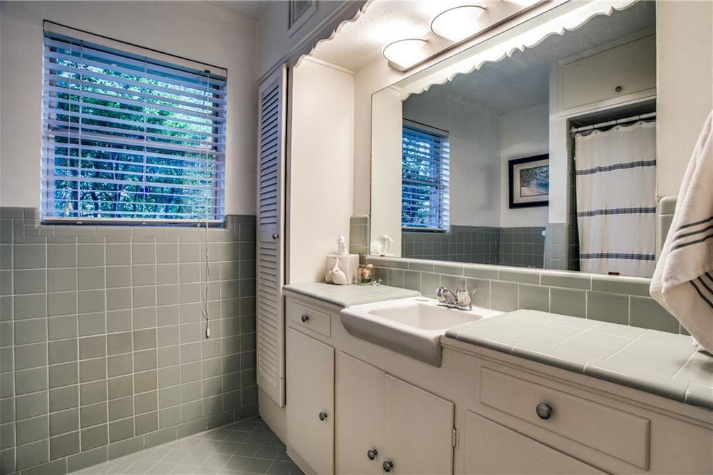 Sold Property | 6528 Ridgemont Drive Dallas, Texas 75214 23