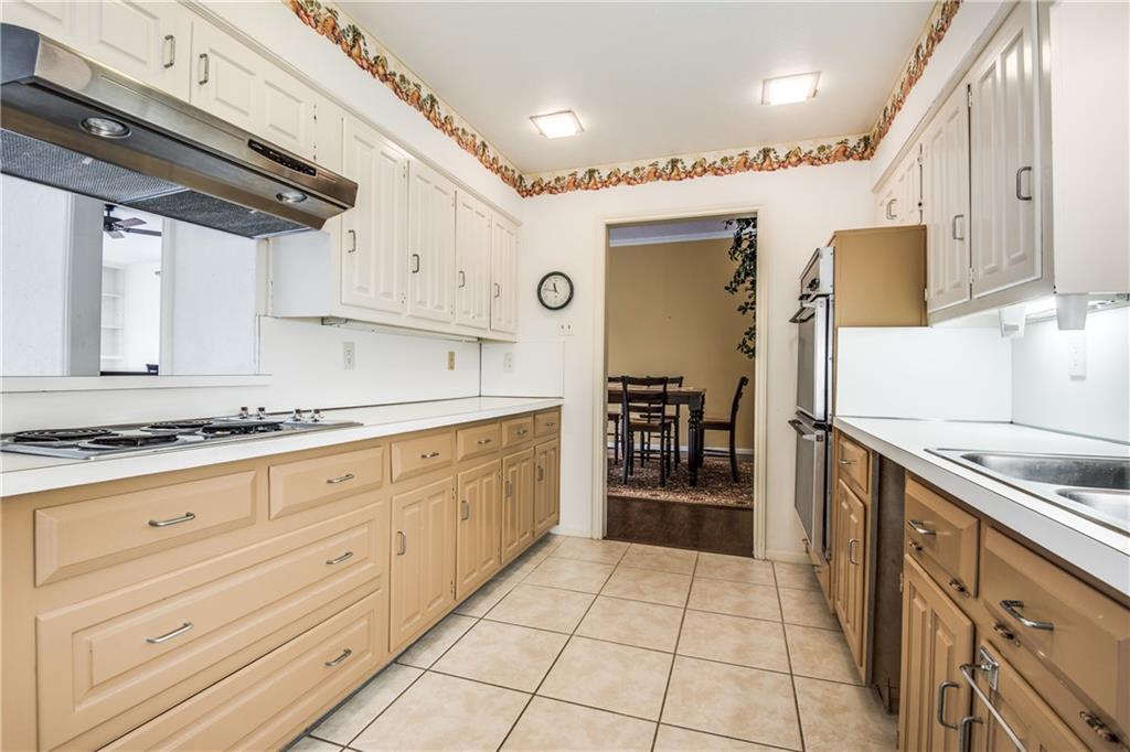 Sold Property | 1630 Banbury Lane Carrollton, Texas 75006 9