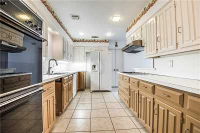 Sold Property | 1630 Banbury Lane Carrollton, Texas 75006 8