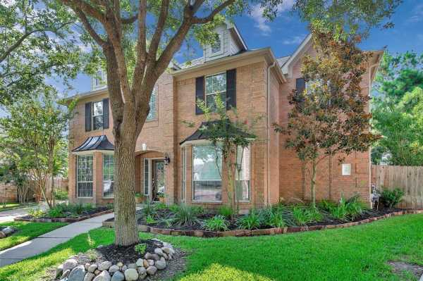 Katy Home for Sale, Cinco Ranch, Your Forever Home, Say Yes to This Address | 4507 Park Ivy Court Katy, Texas 77494 3