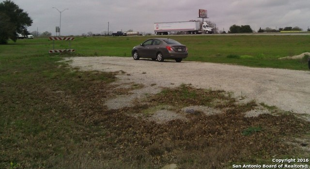 Active | E I-10 & US-90 Waelder, TX 78959 2