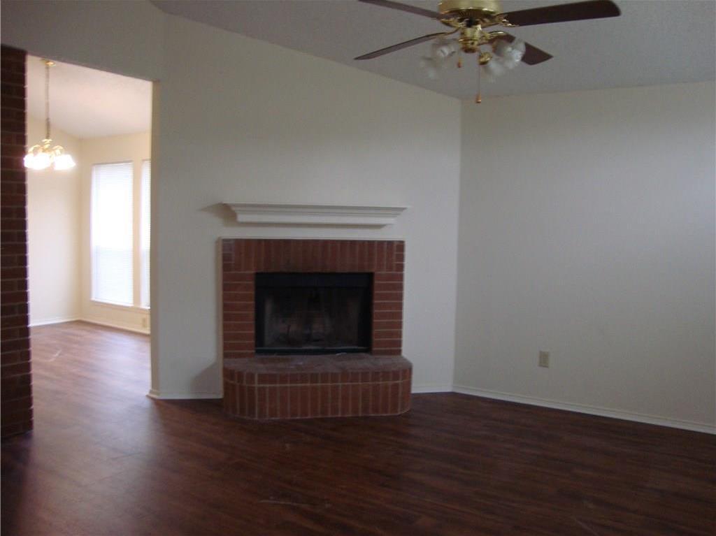 Sold Property   1004 Union Drive Saginaw, Texas 76131 3