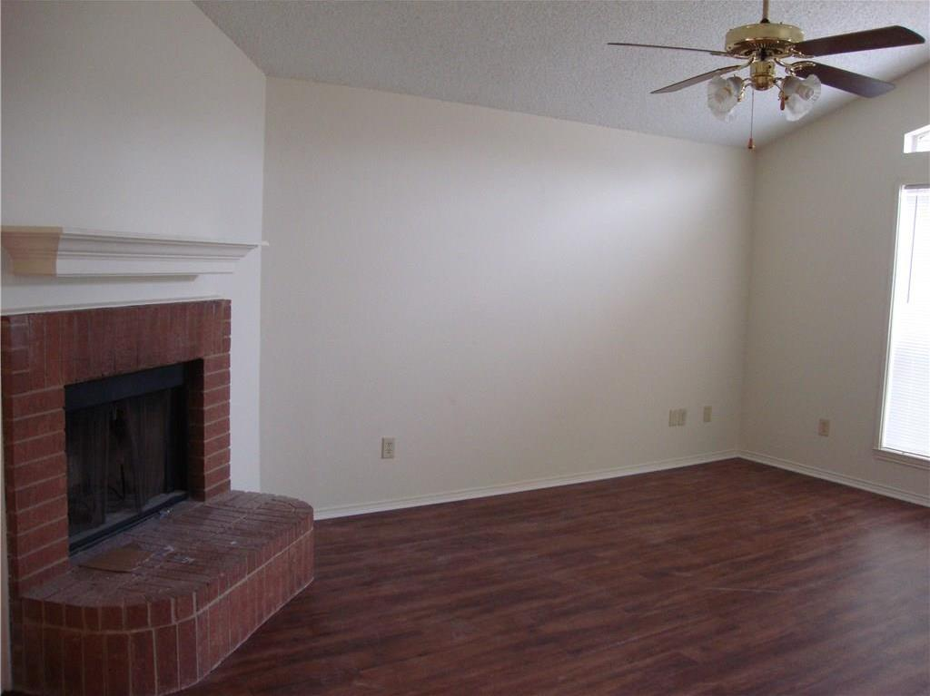 Sold Property   1004 Union Drive Saginaw, Texas 76131 4
