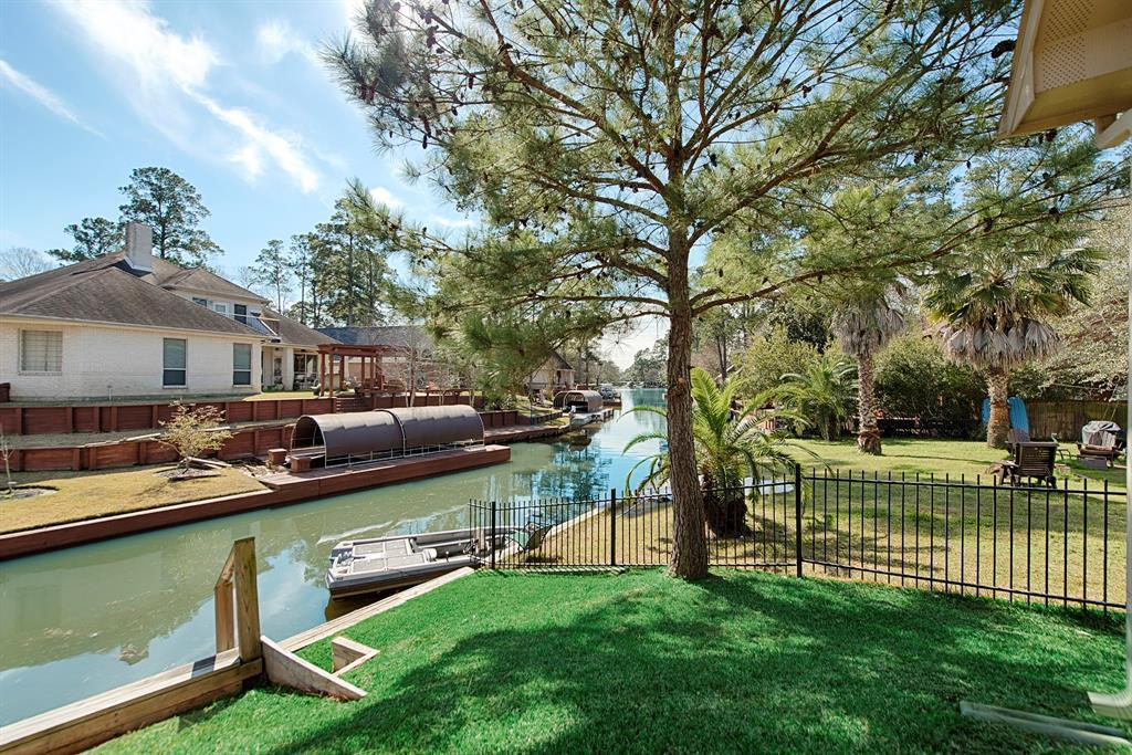 Active | 12319 Browning Drive Montgomery, TX 77356 18