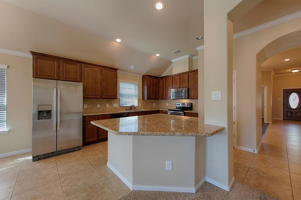 Active | 12319 Browning Drive Montgomery, TX 77356 9