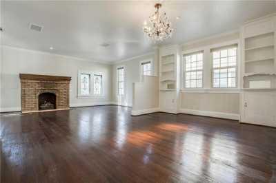Sold Property | 1322 S Montreal Avenue Dallas, Texas 75208 11