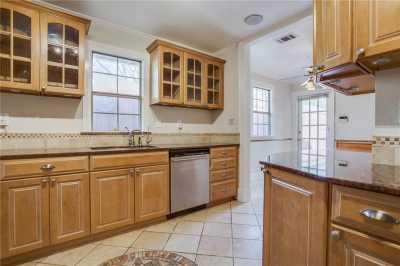 Sold Property | 1322 S Montreal Avenue Dallas, Texas 75208 14