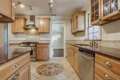 Sold Property | 1322 S Montreal Avenue Dallas, Texas 75208 16