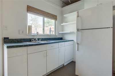 Sold Property | 1322 S Montreal Avenue Dallas, Texas 75208 33