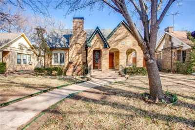 Sold Property | 1322 S Montreal Avenue Dallas, Texas 75208 4