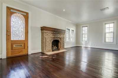 Sold Property | 1322 S Montreal Avenue Dallas, Texas 75208 6