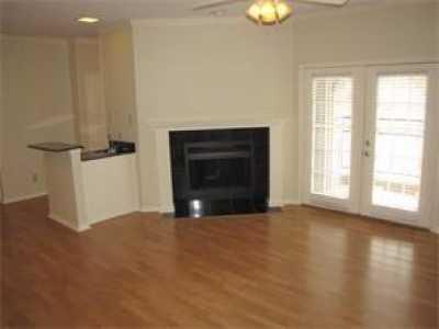 Leased | 6004 Auburndale Avenue #6004C University Park, Texas 75205 2