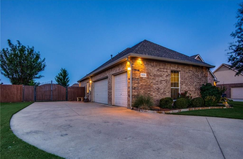 Sold Property | 13432 Fishing Hole Lane Fort Worth, Texas 76052 2
