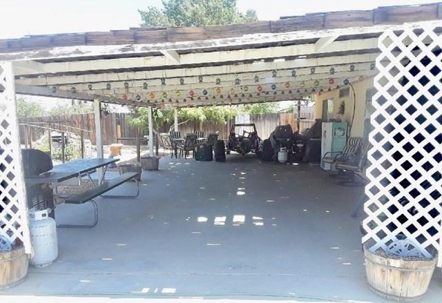 Closed   12530 Midcrest Lane Victorville, CA 92392 40