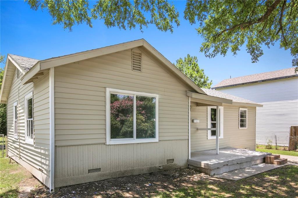 Sold Property | 507 Hensley Drive Grand Prairie, Texas 75050 2
