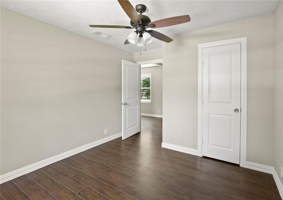 Sold Property | 507 Hensley Drive Grand Prairie, Texas 75050 20