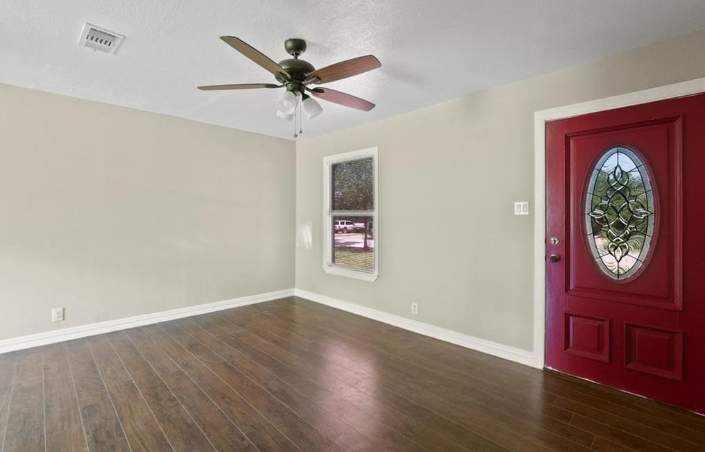 Sold Property | 507 Hensley Drive Grand Prairie, Texas 75050 7