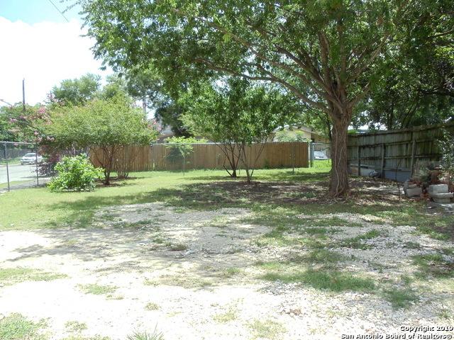 Active | 732 N Palmetto Ave  San Antonio, TX 78202 23