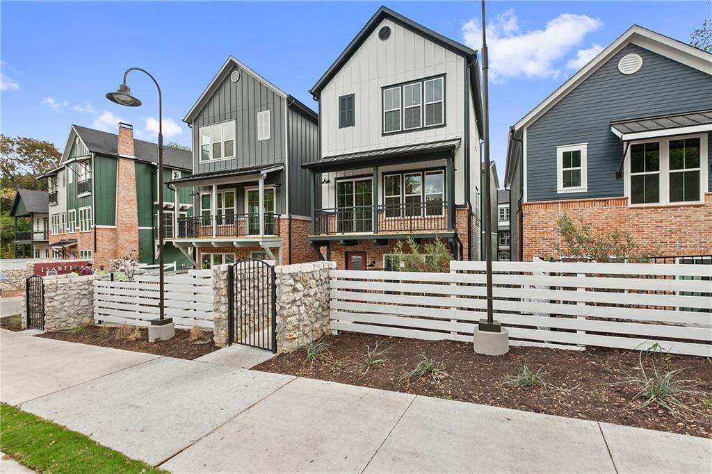 Active | 3809 Valley View  Road Austin, TX 78704 0